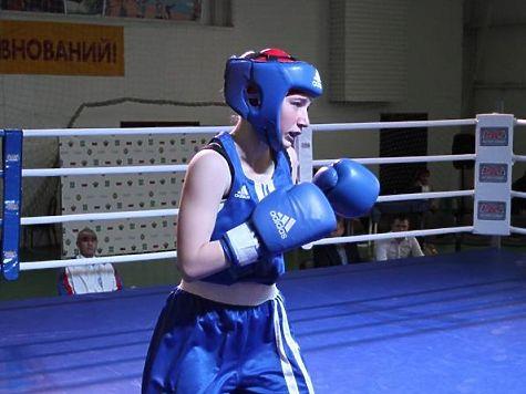 Ярославские спортсменки привезли соВсероссийских состязаний побоксу три медали
