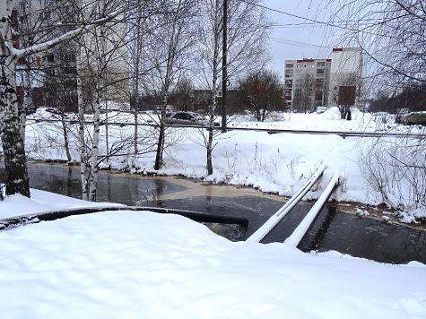 Сточные воды незаконно сливали вдренажную систему Автозаводского района