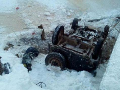 Автомобиль опрокинулся вреку вЛысковском районе— умер  четырнадцатилетний  ребенок