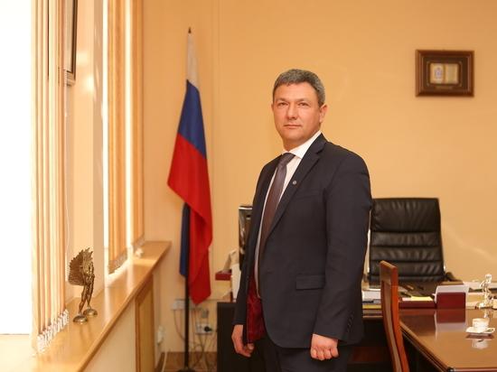 Глава Приокского района Нижнего Новгорода рассказал о дорогах, ФОКе и единомышленниках