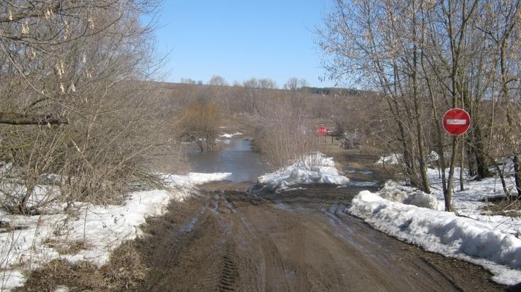 Мост через реку Пьяну вГагинском районе затопило