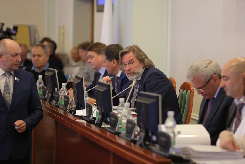 Александр Табачников сложил полномочия зампредседателя Заксобрания Нижегородской области напостоянной основе