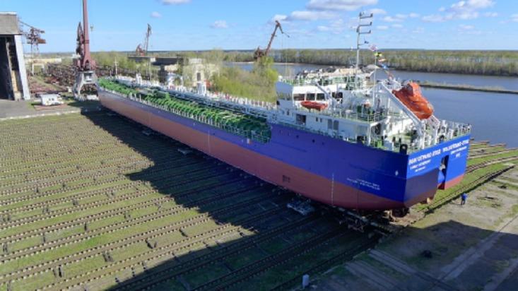 «Красное Сормово» спустило наводу танкер-химовоз проекта RST-27