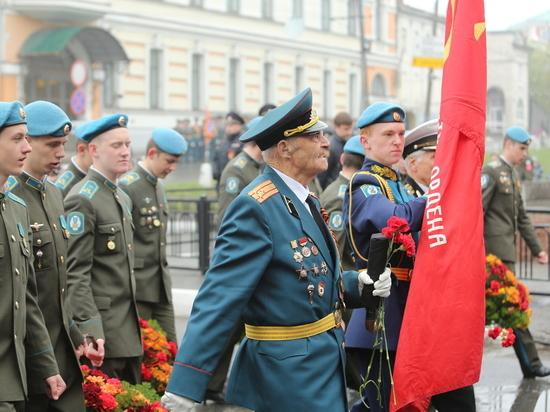 Парад в честь Дня Победы прошел в Нижнем Новгороде
