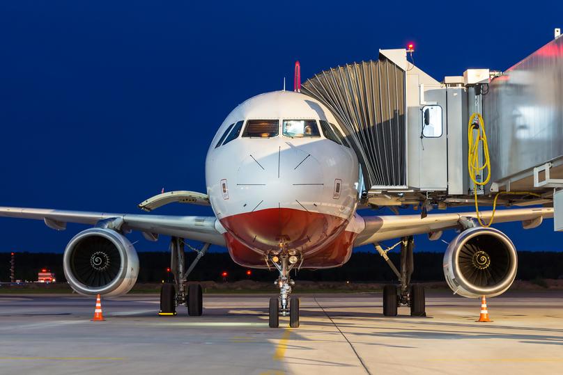 Самолет изСтамбула прилетел вНижний Новгород. постоянное сообщение открыто впервый раз