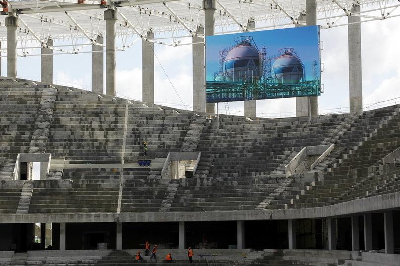 Два светодиодных табло установили настроящемся стадионе «Нижний Новгород»