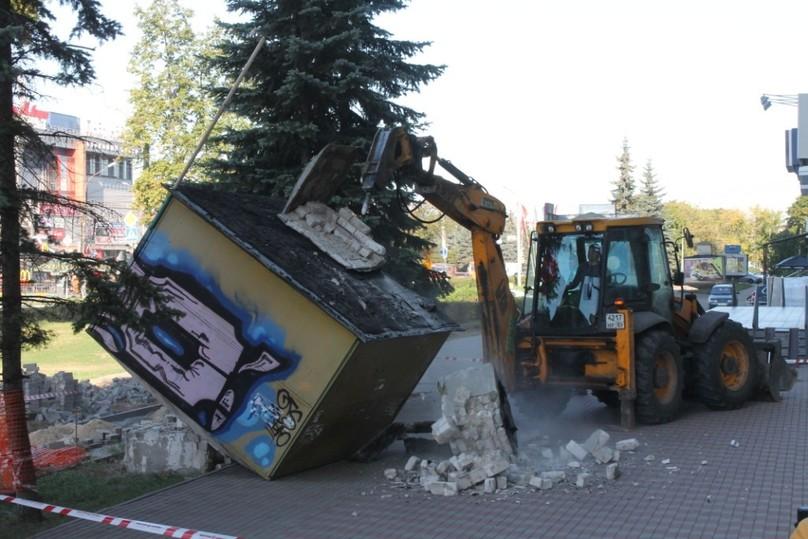 600 незаконных рекламных конструкций снесут вНижнем Новгороде