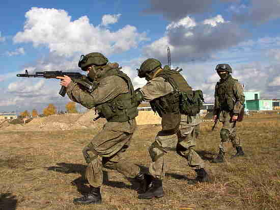 Разведчики Западного военного округа приступили к сдаче итоговой проверки