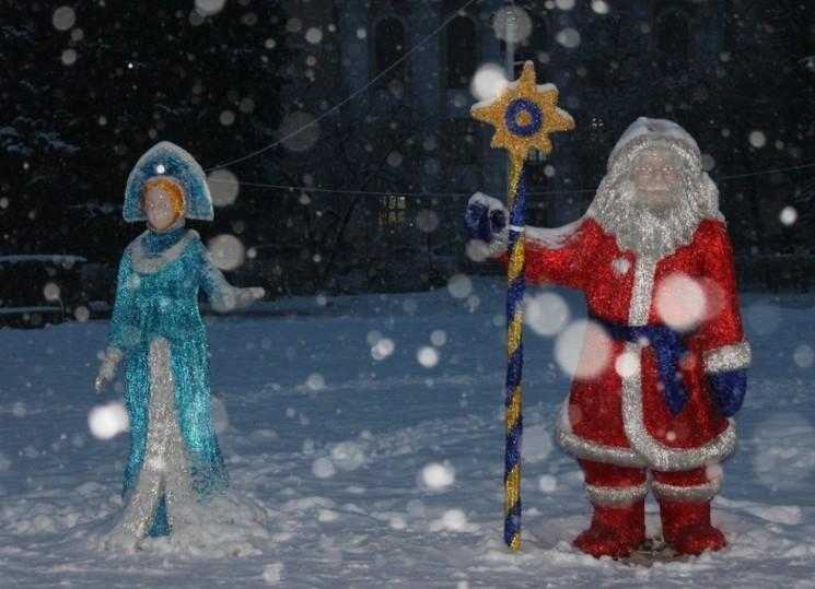 Вандалы вСормово испортили новогоднюю композицию