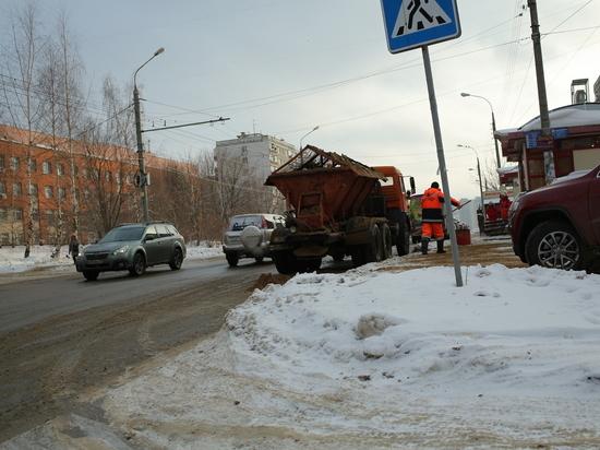 Депутаты проинспектировали лед на улицах Нижнего Новгорода